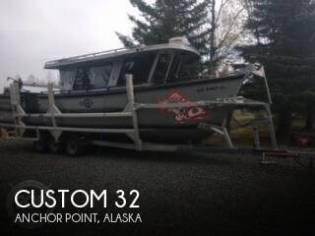 Custom 32