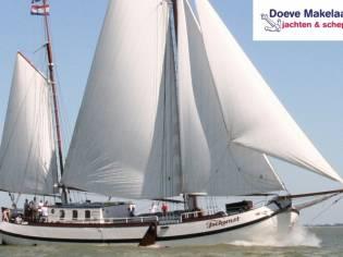 Koftjalk Charter ship 60 pax