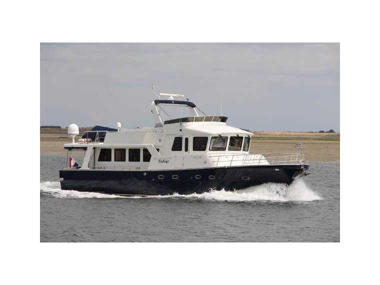 Pilothouse Trawler 61