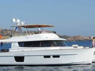 Fountaine Pajot Queensland 55 Charter version