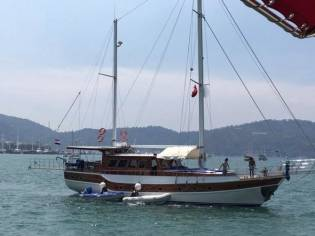 Gulet Mahogany with 5 cabins